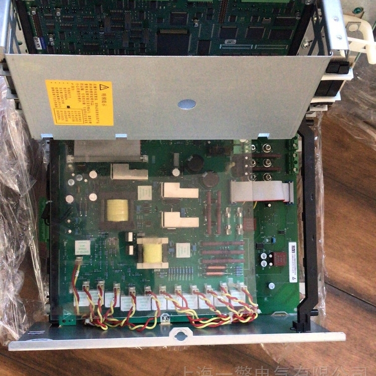 欧陆590C调速器面板无显示维修