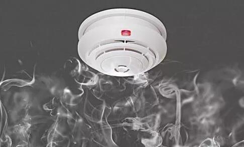 论烟雾传感器在飞机飞行中的原理应用