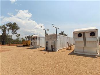 科陸攜手合作伙伴完成盧旺達首個光儲柴離網系統