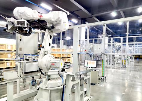 探秘全球首座機械臂造自主移動機器人的智慧工廠