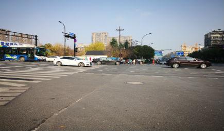 道路塌陷事故頻發 道路檢測勢在必行